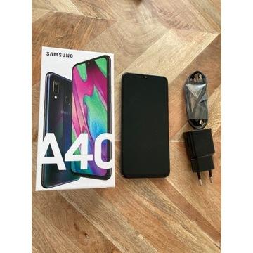 Samsung Galaxy A40 + ładowarka
