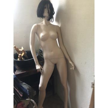 Manekin damski wystawowy pełno postaciowy