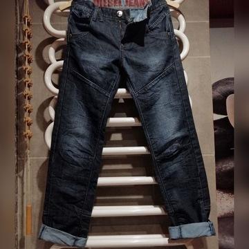 Diesel- jeansy młodziezowe