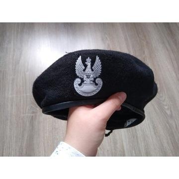 Beret wojskowy czarny KAMA 56
