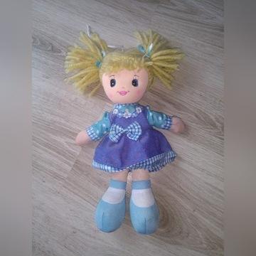 Śpiewająca lalka szmaciana