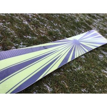 Deska snowboard Buzrun Flash 162 cm nowa