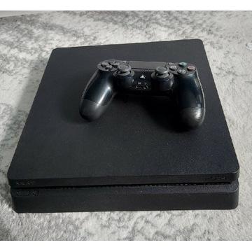PS4 slim 2 pady 3 gry