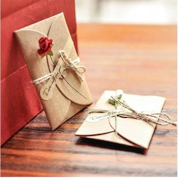 Kartka okolicznościowa z zaproszeniem i kopertą