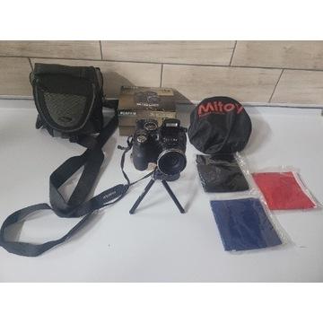 Aparat Fujifilm finepix s1600  statyw  torba namio