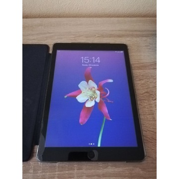 Tablet Apple Ipad air 16 gb a1474 bez blokad.