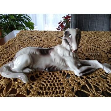 figurka psa myśliwskiego