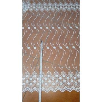 Firana haftowana biala