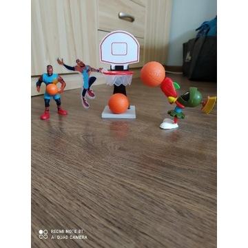 KOSMICZNY MECZ zabawka figurka MC Donalds