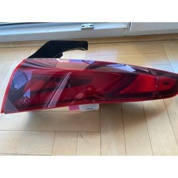 Lampa Prawa Alfa Romeo Giulia USA