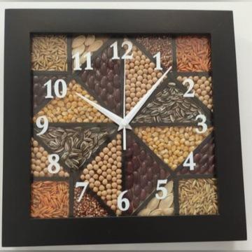 Zegar ścienny wiszący wykonany ręcznie