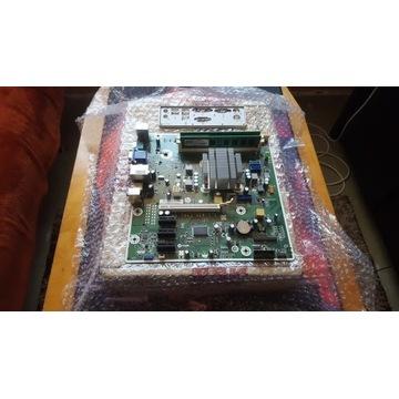 Plyta z procesorem karta graficzna i pamiec
