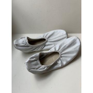 Baletki białe ART's r33