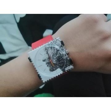 Niepowtarzalny zegarek STAMPS