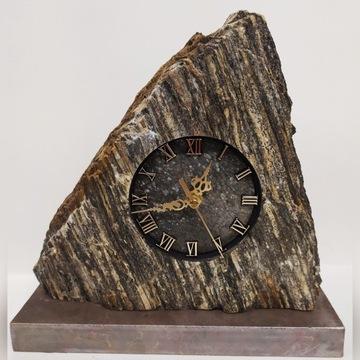 Zegar z kamienia kominkowy , ozdobny