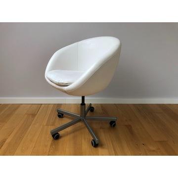 Fotel obrotowy IKEA Skruvsta (2016)