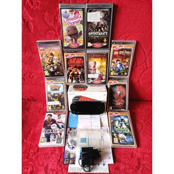 Sony PSP 3004 Slim & Lite + 10 Gier + Etui