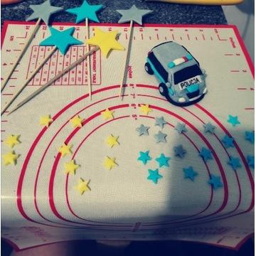 Zestaw na tort autko gwiazdki z masy cukrowej
