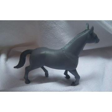 Koń, konik figurka zwierzątko 12 x 16 cm