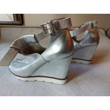 Sandały srebrne roz 40 skóra