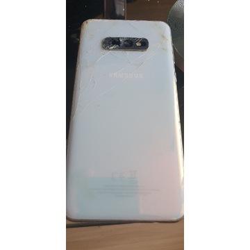 Sprzedam 2 uszkodzone telefony marki samsung
