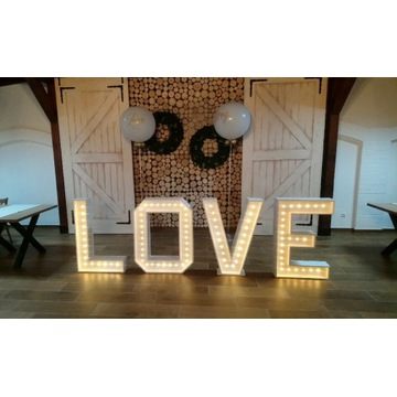 WYNAJEM Napis LOVE oświetlenie LED