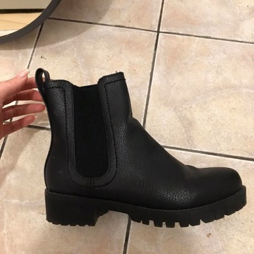 czarne buty (zimowe)