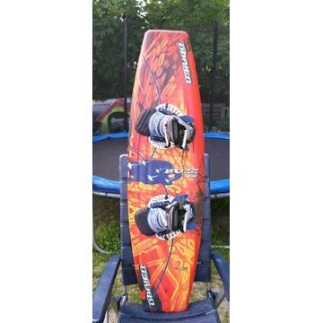 Wakeboard QBRIEN BUZZ dług 140 cm - szer 40 cm