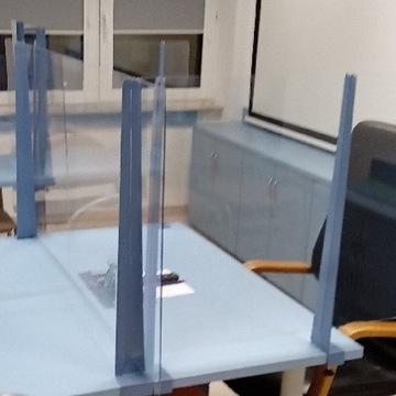 Osłona antywirusowa 2 wsporniki plus plexi 70x100