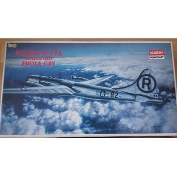1/72 B-29 Enola Gay Academy