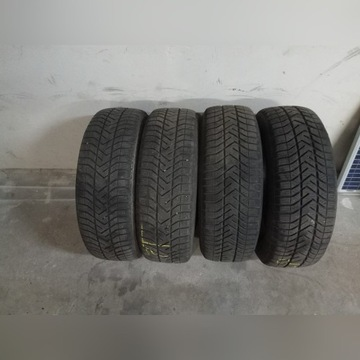 Komplet opon zimowych pirelli