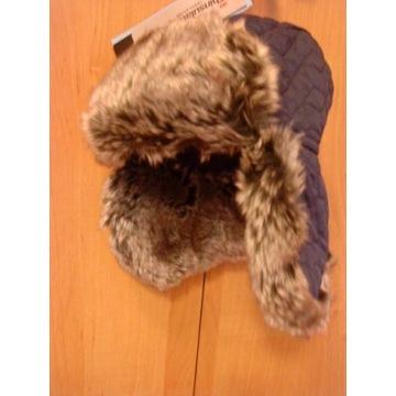 Nowiutka czapka zimowa dziecięca nowa dla maluszka