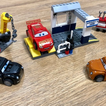 LEGO Juniors 10743 Cars 3 Warsztat