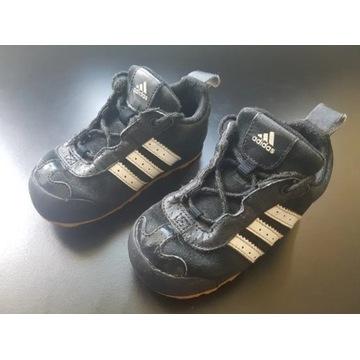 Buty dziecięce adidas rozmiar 24