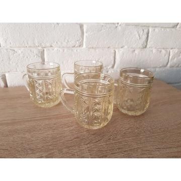 Małe kufelki szklane PRL vintage