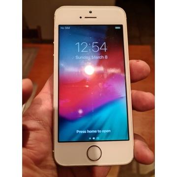Iphone 5s 16 GB + 2x etui