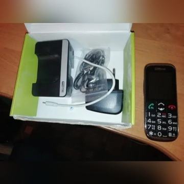 Telefon dla seniora MAXCOM MM721 3G