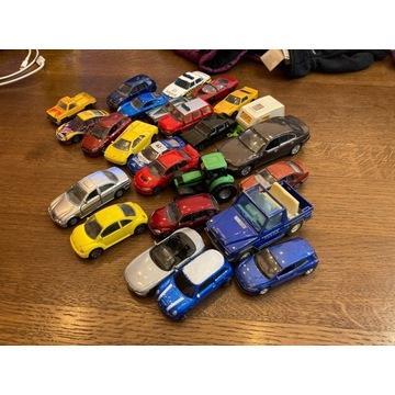 26 różnych samochodzików