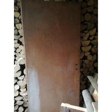 Drzwi z płyty przylgowe
