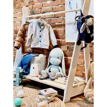 Wieszak stojak na ubrania drewniany dla dzieci