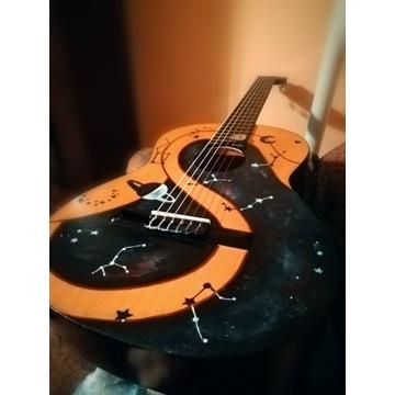 Gitara klasyczna Ever Play Cordoba 4/4 świecąca