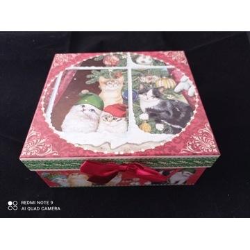 Pudełko papierowe - Pod choinką czekają koty