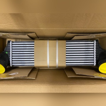 Chłodnica Intercooler BMW X5 E70/F15 X6 E71 - 3.0
