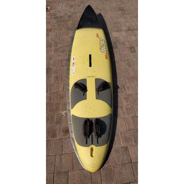 Zestaw do windsurfingu. Fanatic Free 294, 3 żagle