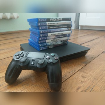 Konsola PS4 Slim + 9 gier
