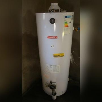 Gazowy pojemnościowy podgrzewacz wody użytkowej