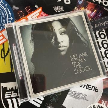 Melanie Fiona - The Bridge