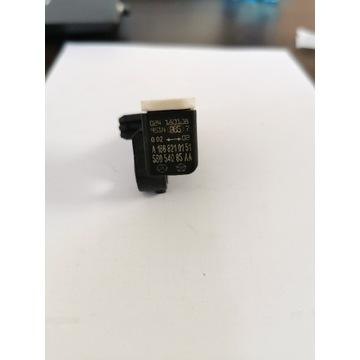 Mercedes CLA GLA czujnik uderzeniowy A 166 8210151