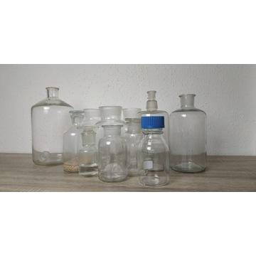 Butle i butelki laboratoryjne z korkami