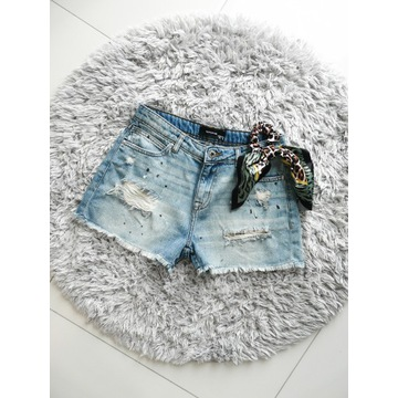 RESERVED Jak Nowe jeansowe spodenki 34